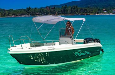SIXTY rent a boat-105