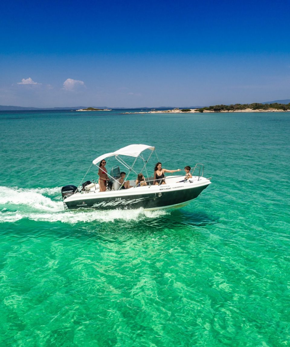 SIXTY rent a boat-280