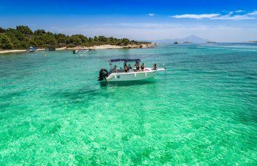 TRITON rent a boat-206